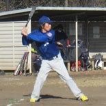 5回裏、先頭の佐藤が安打で出塁