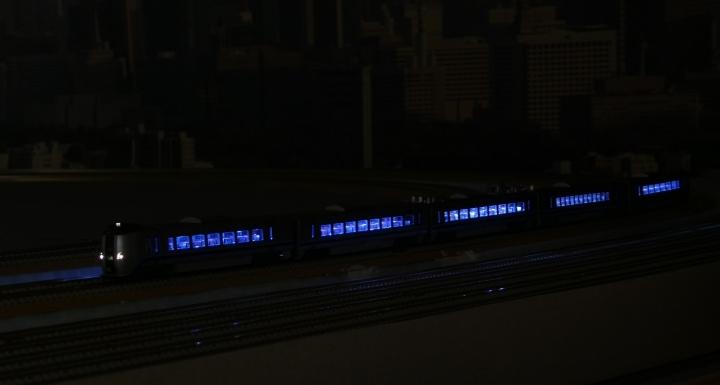 789系カムイ自作室内灯点灯確認