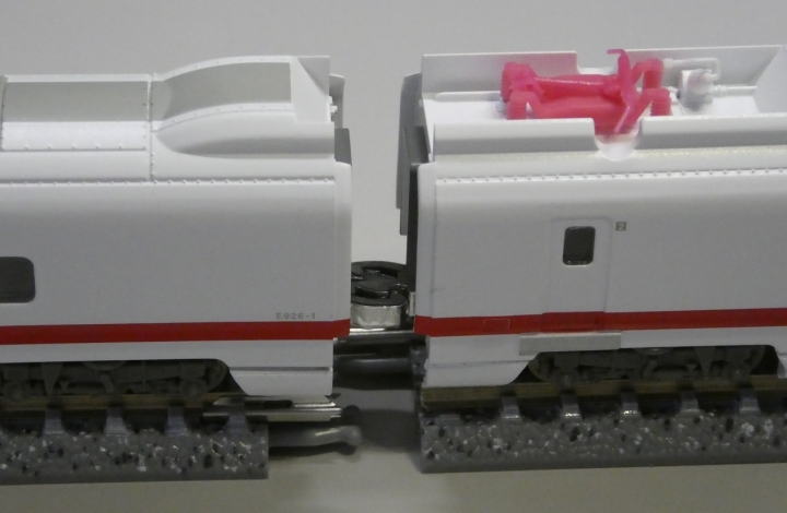 MicroAce新幹線(East-i)通電カプラー化