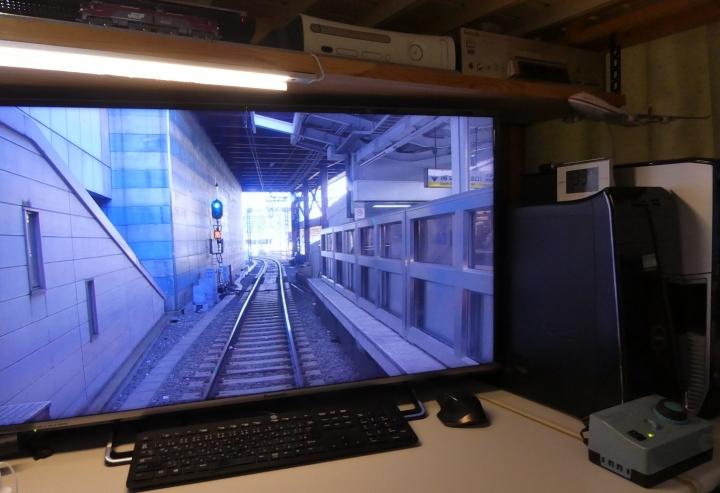 PC上の線路でNゲージ運転