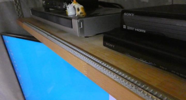テレビ上の敷設したNゲージ線路