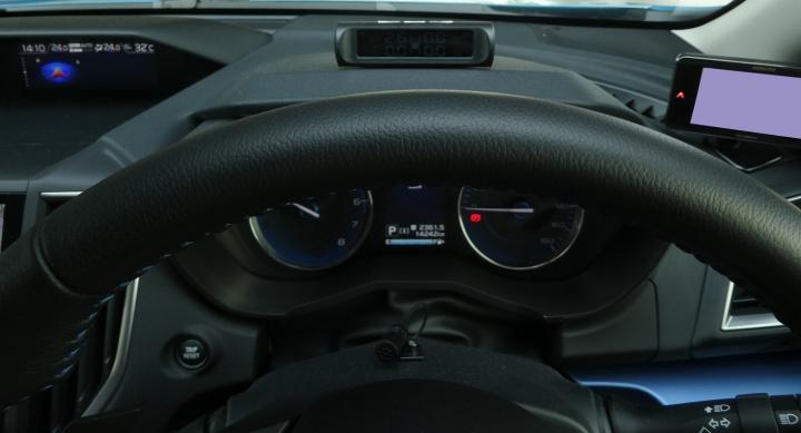 タイヤ空気圧モニター(TPMS)