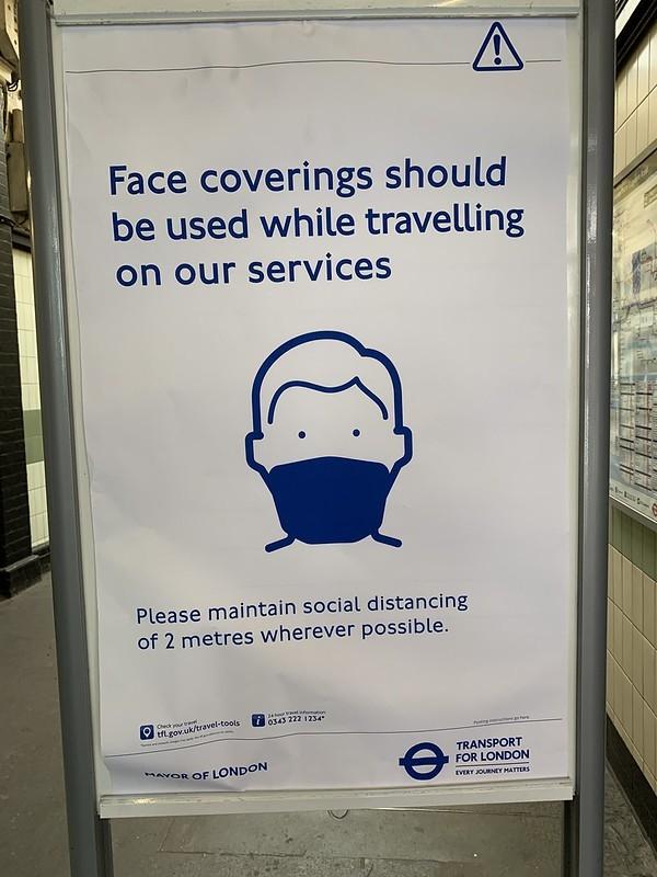 masks should be on TfL