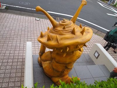 ultraman-shotengai81.jpg