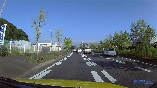 信号停止直前の進路変更