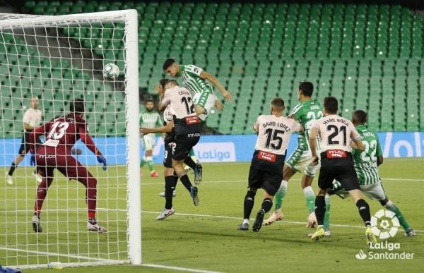 19-20_J31_Betis-Espanyol01s.jpeg