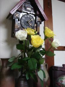 バラとハト時計