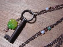 key-neck