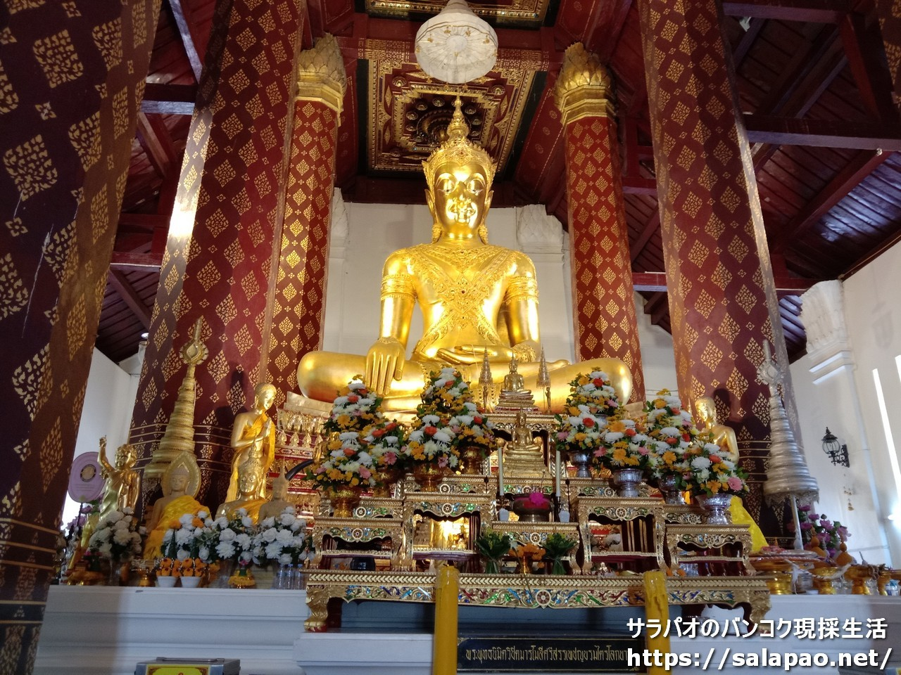 ワット・ナー・プラメーンに納められている珍しい王仏像 in アユタヤ歴史公園