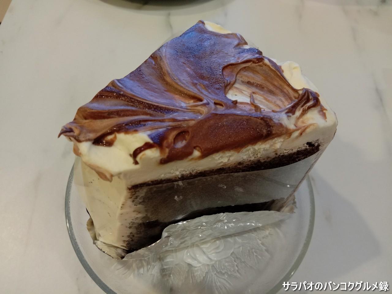 うさ右衛門は土日のみ営業している日本品質のケーキ屋 in プロンポン