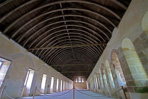 フォントネー修道院の寝室