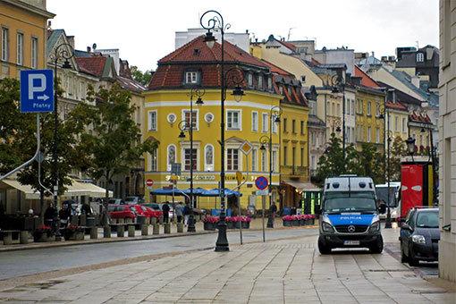 クラコフスキエ・プシェドミエシチェ通りの風景