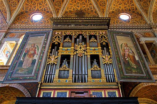 サンマウリツィオ教会のパイプオルガン