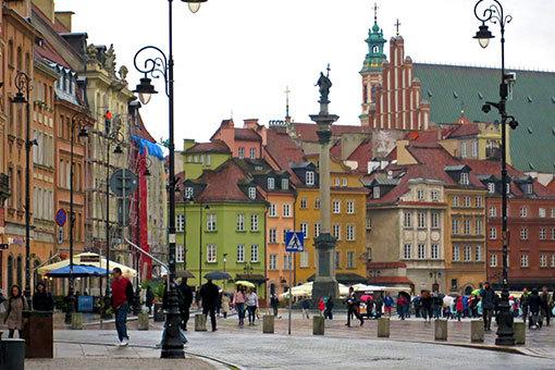 クラコフスキエ・プシェドミエシチェ北端で旧市街を望む
