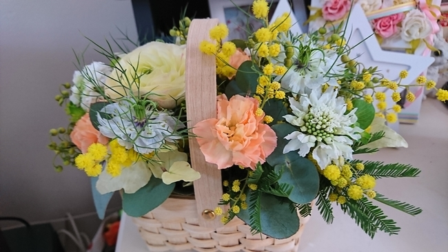 0042月の花