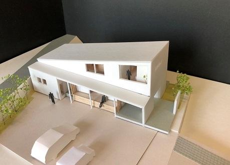 栗原の家ラフ模型