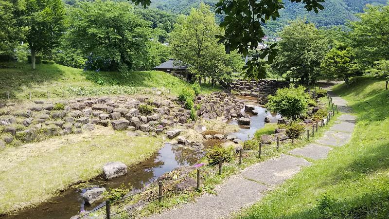 道の駅月夜野矢瀬親水公園川の先は遊具202006