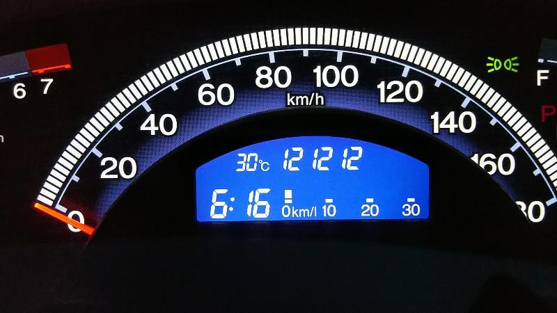 フリードスパイク121,212km