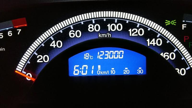 フリードスパイク123,000km