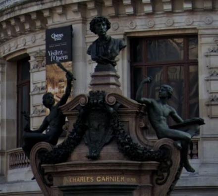 オペラ・ガルニエ銅像