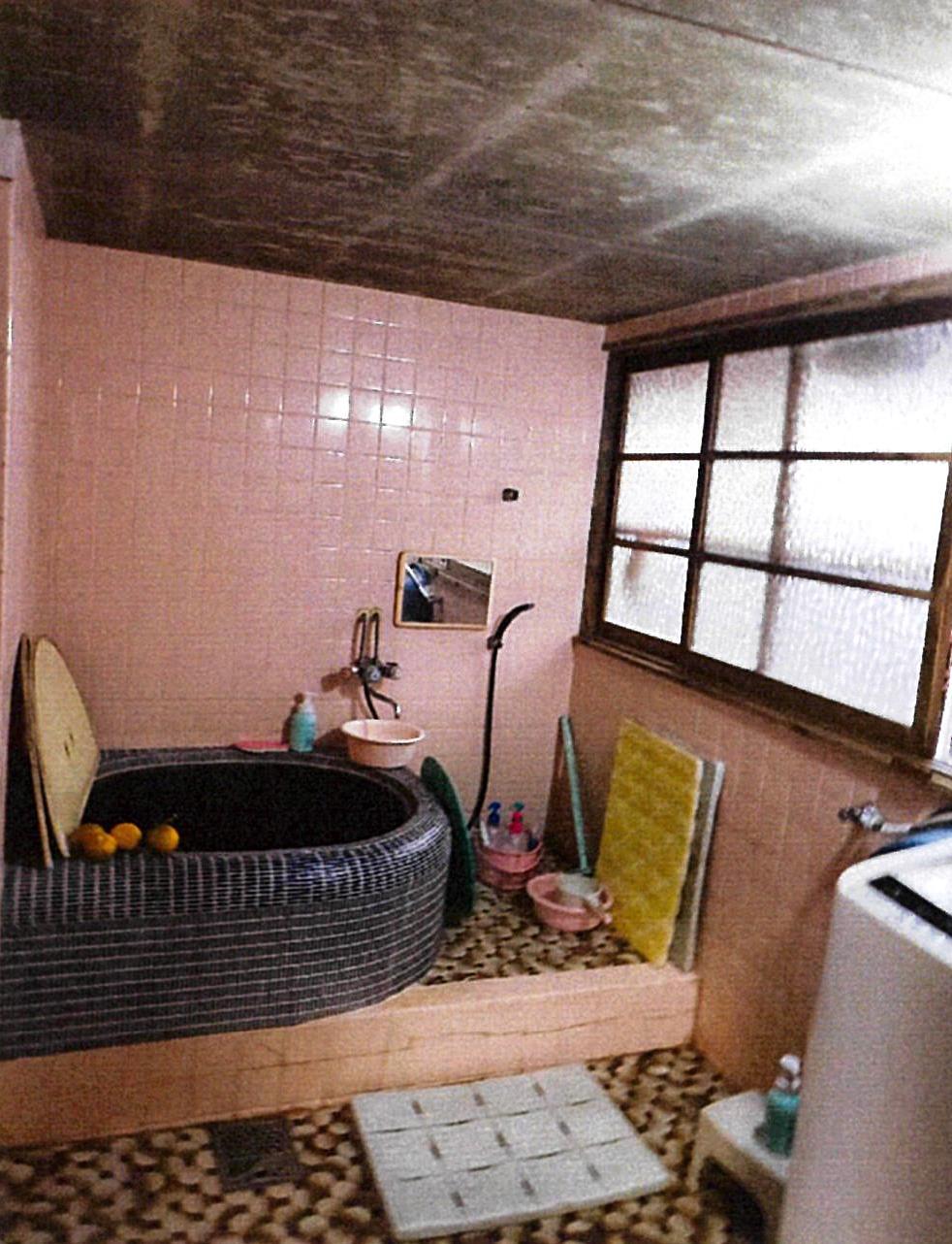 藤井邸既存浴室写真-001