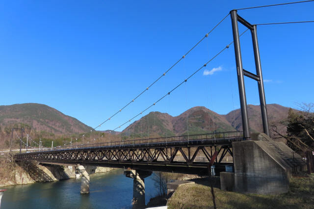 馬越水管橋1