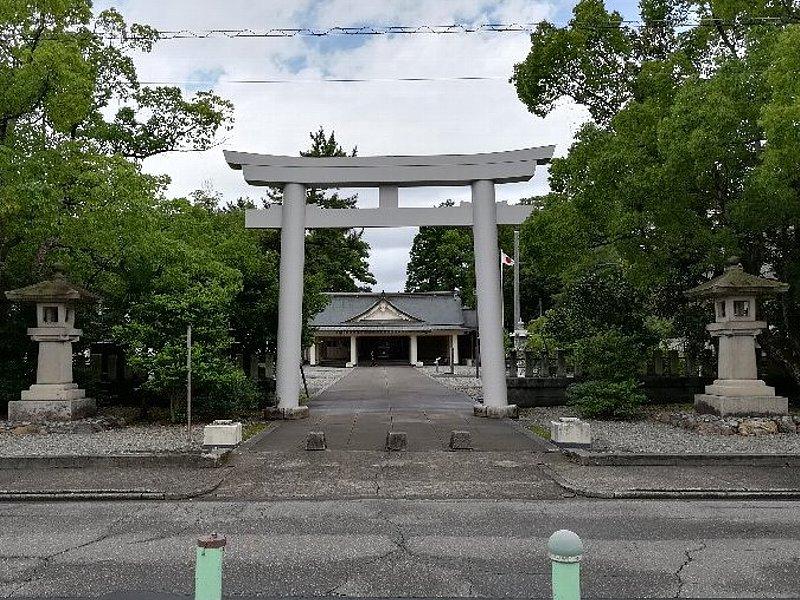 gokokujinjya-fukui-028.jpg