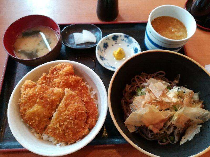 mokumokutei-sabae-011.jpg