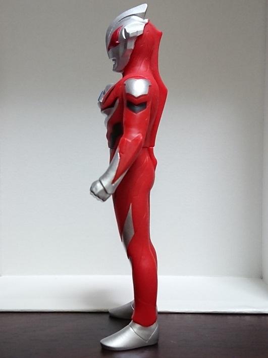 中国限定ソフビ ウルトラヒーローシリーズ500 ウルトラマンジード 暴走状態 赤目3