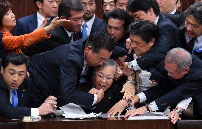 入管法 陳福山
