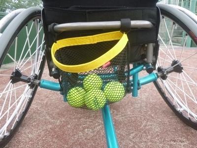 メッシュバック テニス車
